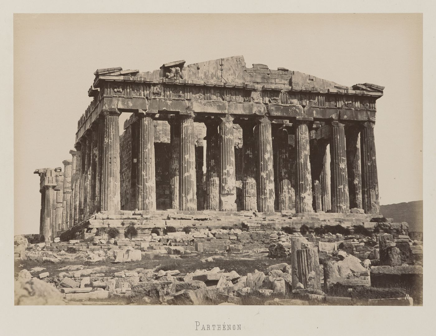 Athenes vue de la facade ouest du parthenon for Une vue de la faaade ouest